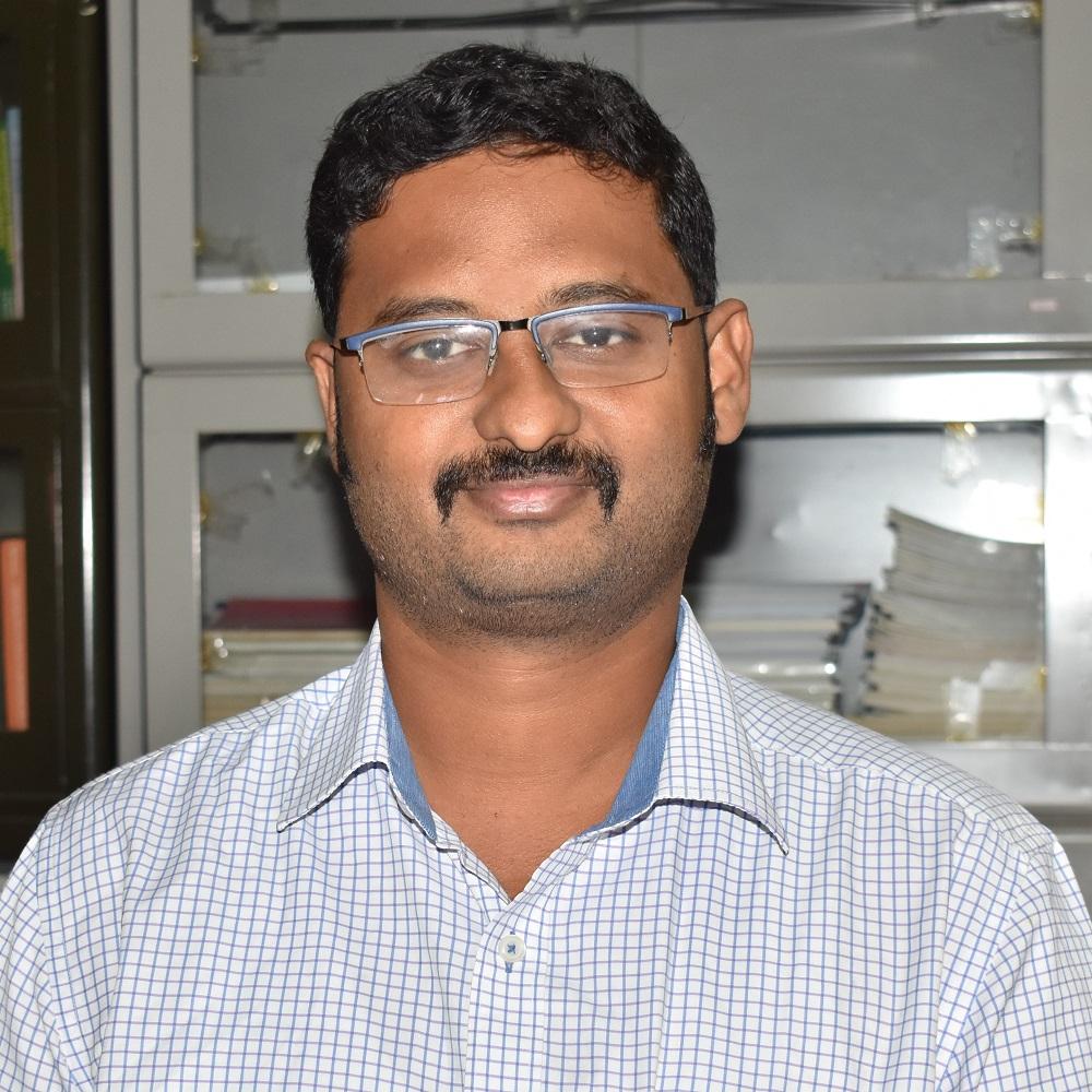 முனைவர் அருண் சுந்தரம் பா